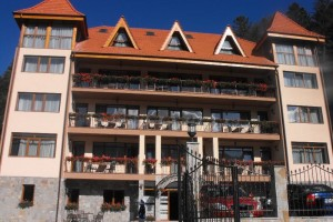 HOTEL CUMPATU *** – SINAIA